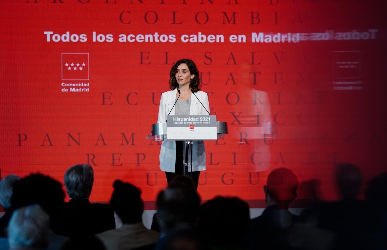 Ayuso presenta la Oficina del Español con Toni Cantó al frente