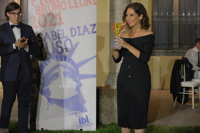 Ayuso, premiada en Italia por su gestión de la pandemia
