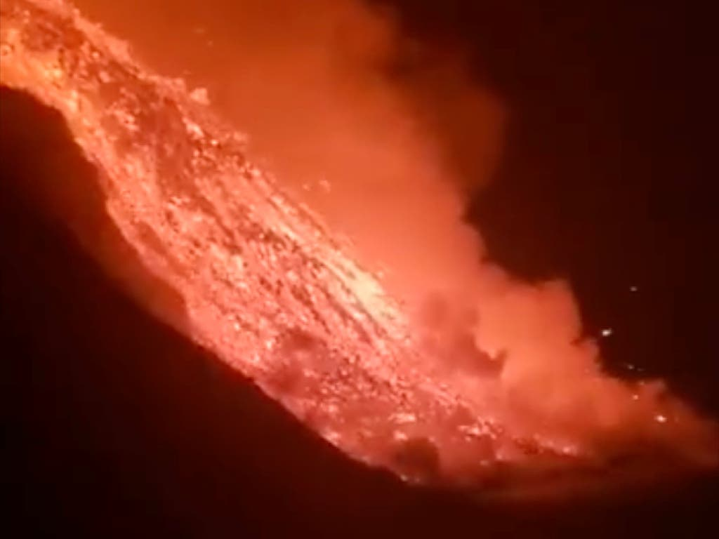 Así ha sido la llegada de la lava del volcán de La Palma al mar