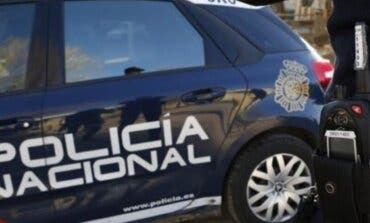 Detenidos dos trabajadores de una residencia de Vallecas por estafar a dos ancianos
