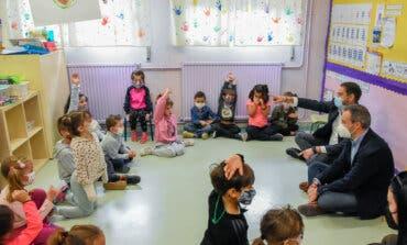 Niños de Torrejón preguntan al alcalde sus inquietudes:«¿Te gustan las Tortugas Ninja?»